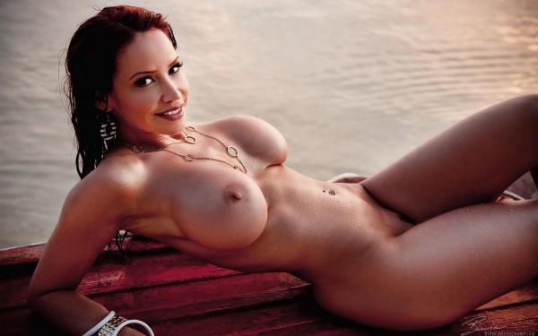 бьянка голая фото